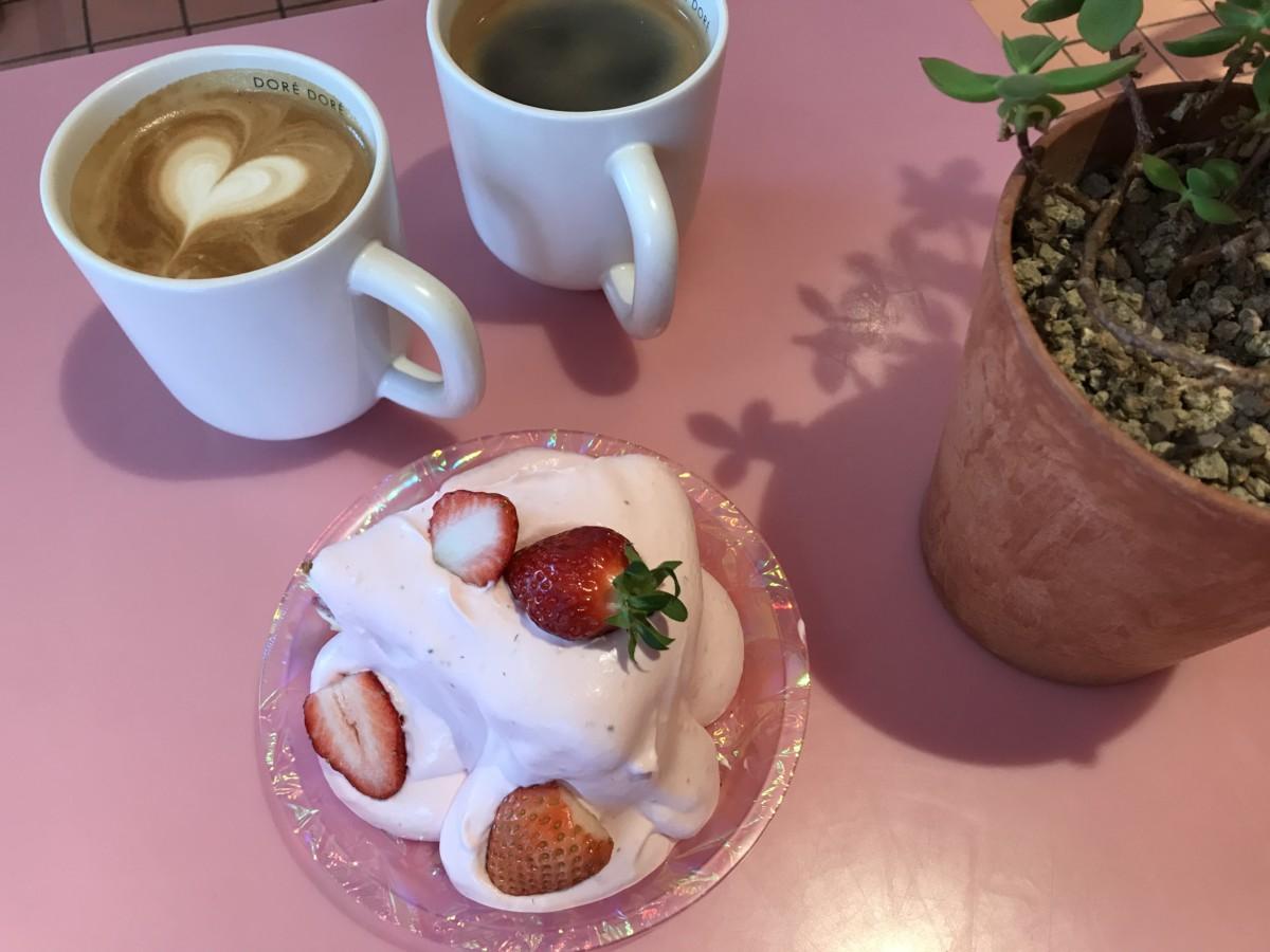 カロスキルのおしゃれカフェケーキ